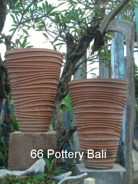 Ripple Terracotta Pot from 66 Pottery Bali